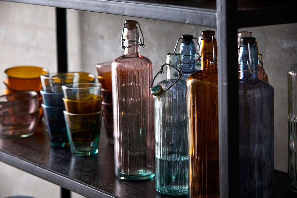Bitz-Design-Denmark-waterbottle-and-glasses