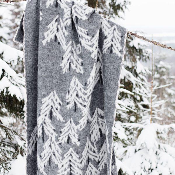 Lapuan-Kankurit-Wolldecke-Plaid-Grau-Weiß-Kuusi