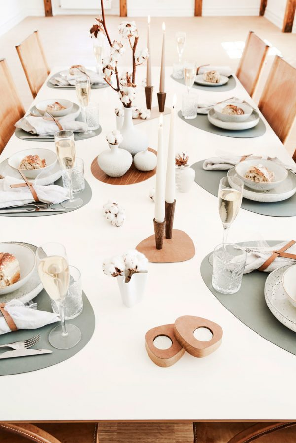 table-leather-placemats-lind-dna-pastel green-nordic