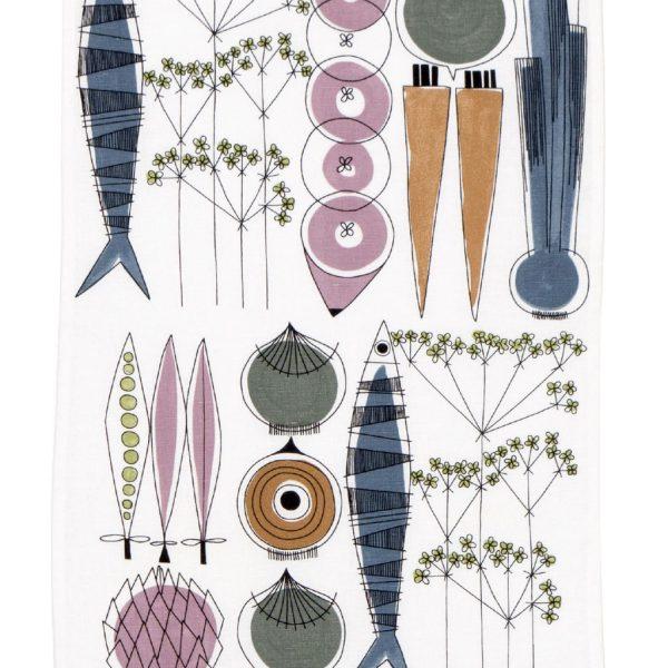 theedoek-Almedahls-picknick-groeten-vis-patroon-nordicliving