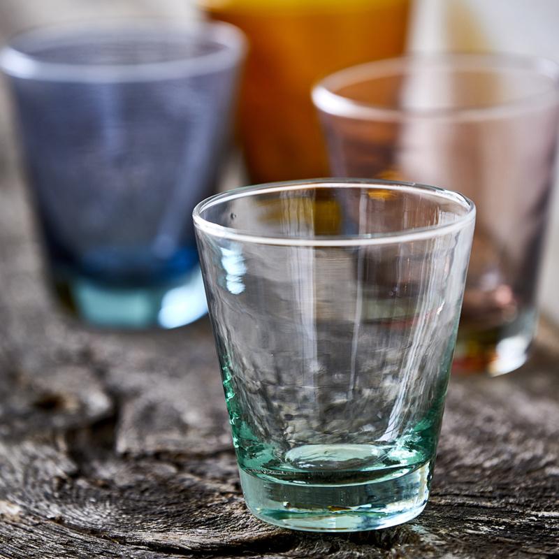 waterglas-groen-glas-bitz-kusintha-nordicliving