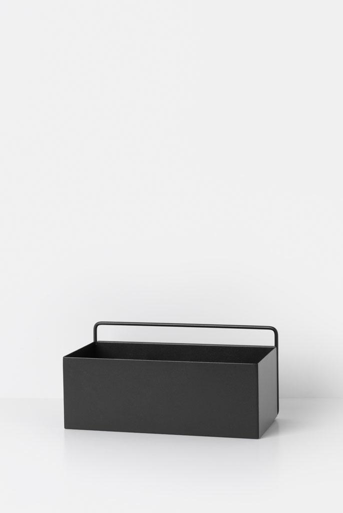 zwart-metalen-wandplank-ferm-living-wallbox