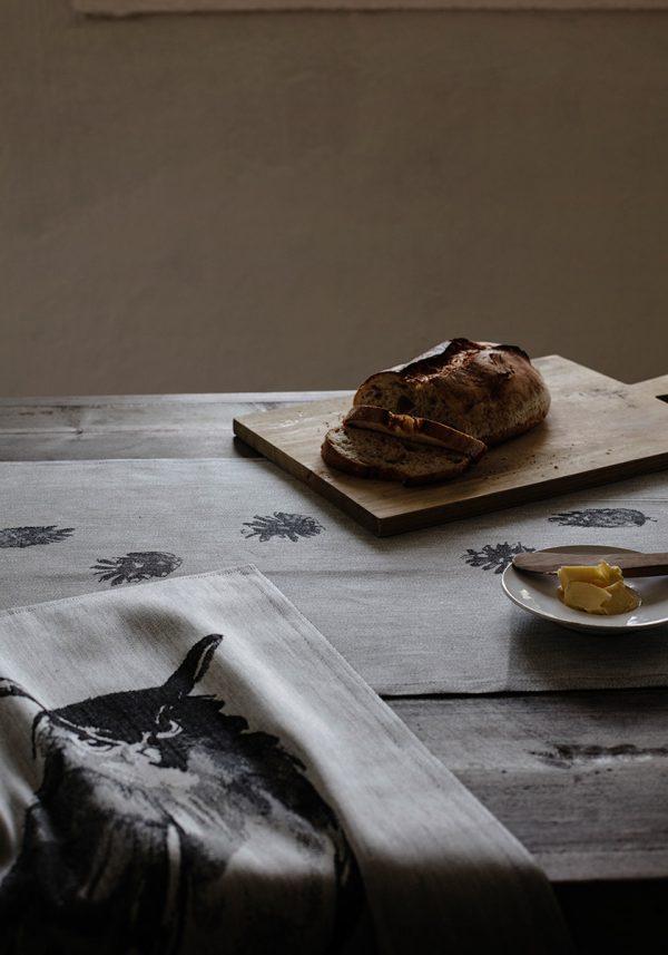 lapuan-kankurit-theedoek-grijs-uil-2